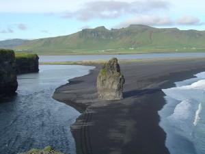 MAIN THUMBNAIL Iceland Coastline